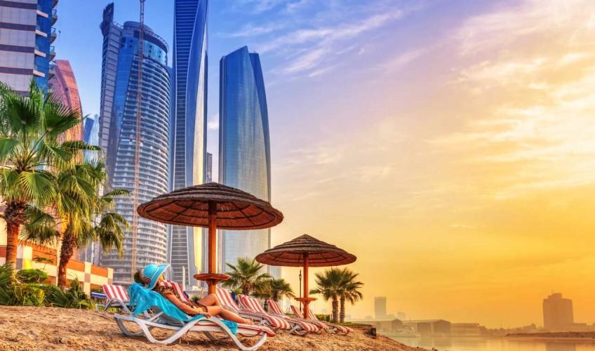 Dubai-strand-en-gebouwen