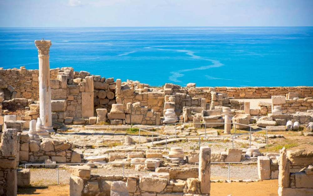 cyprus-do-ruins-of-Ancient-Kourion-xlarge